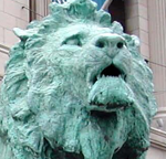 Image of lions in front of Art Institute of Chicago